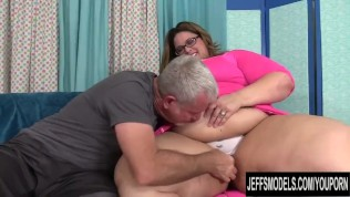 Huge Ass SSBBW Erin Green Gets Worshiped and Stuffed by a Fetishist Grandpa