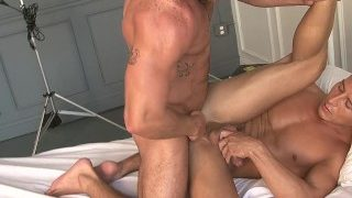 Italian muscle hunk male fuck a yong guy hard