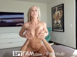 Stepmom sneaks on stepson with blowjob