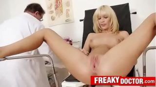Old with young cunt check-up feat. Bella Morgan