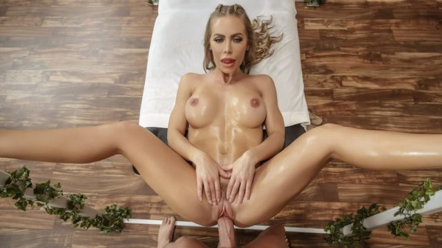 4Share Getting Off On The Job – Nicole Aniston
