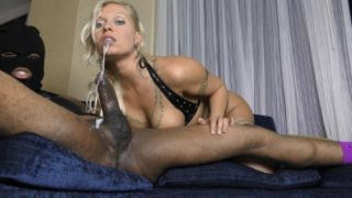 4Share Holly Berry Meets The Throat Terrorist's BBC & Black Ass! – Holly Berry