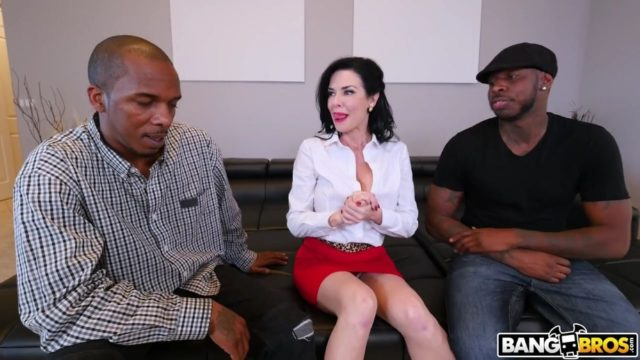 4Share Realtor Gets Double Penetration From Monstrous Cocks – Veronica Avluv