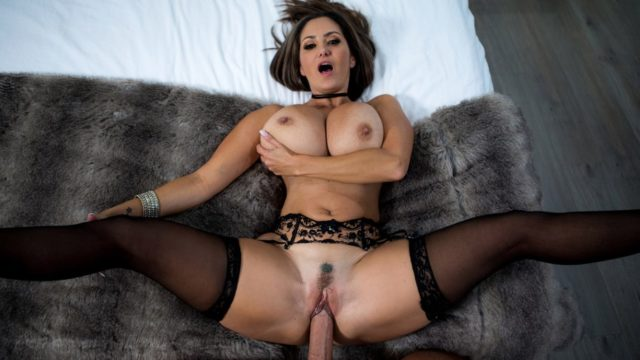 4Share Rent-A-Pornstar The Lonely Bachelor – Ava Addams