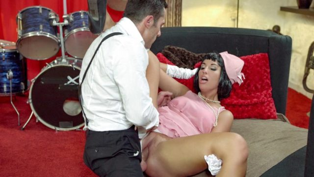 4Share Jenette – Seductive Hungarian pinup babe Jenette eats cum in hot fuck with musician