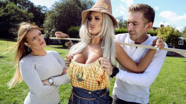 4Share Sex With The Scarecrow – Brooklyn Blue