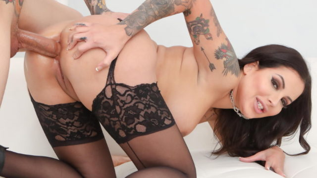 4Share Vivienne Gets To See How Great Ass Fucking Can Be – Vivienne Wynter