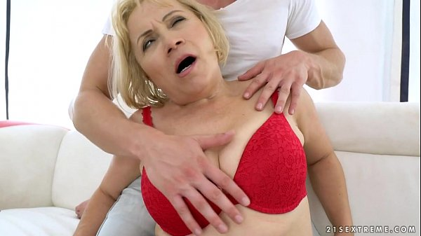 Granny Anal Fuck – Dolly Blonde